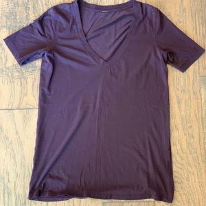 Lululemon - Love V Neck Shirt, Size 4